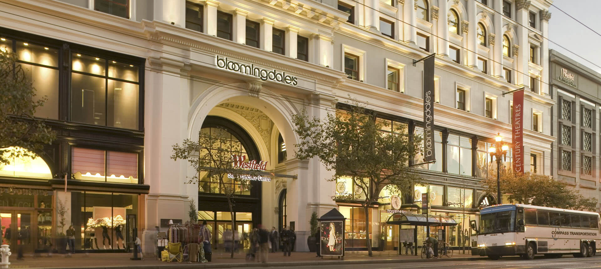 San Francisco Outlets. Our San Francisco outlet mall guide has all the outlet malls in and around San Francisco, helping you locate the most convenient outlet shopping according to .