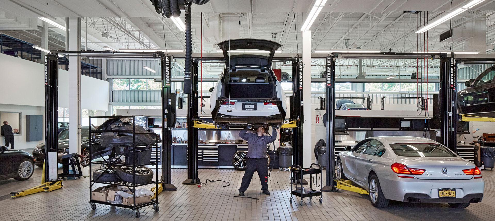 Habberstad BMW Huntington Station, New York Garage